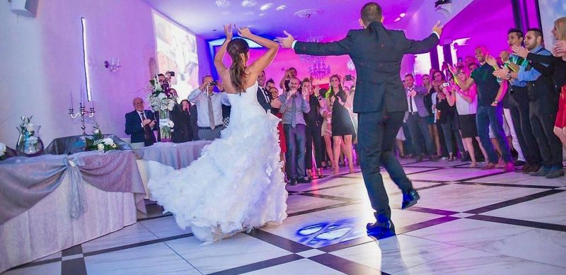 danse tous styles animation mariage lanczos3 1 800x389 - Animations de mariages