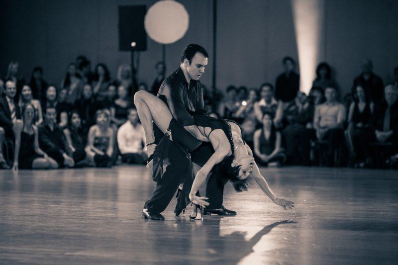 show de dance to style 800x533 - Spectacle de danse pour Mariage