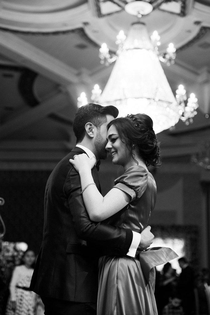 chorégraphie danse mariage 682x1024 - 5 conseils de pro pour une ouverture de bal réussie