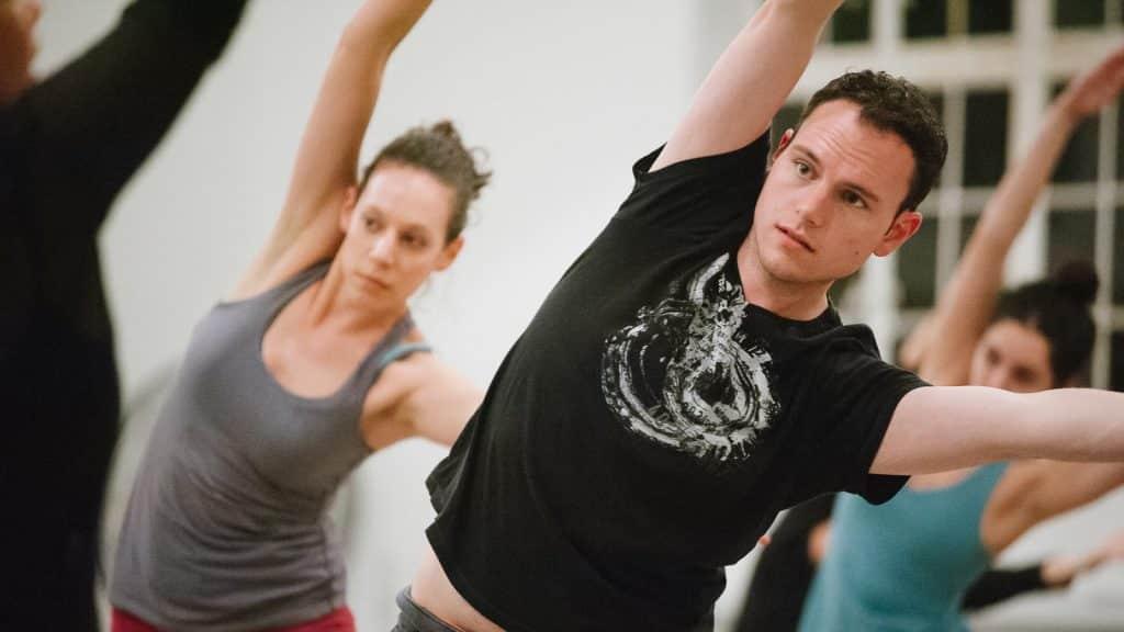 cours danse entreprise 1 1024x576 - Cours de danse en Entreprise