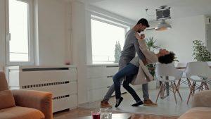 cours de danse particulier la rcohe sur yon to style 300x169 - Cours particuliers de danse à La Roche-sur-Yon
