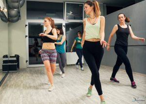 evjf danse a lille 300x213 - EVJF Danse à Lille