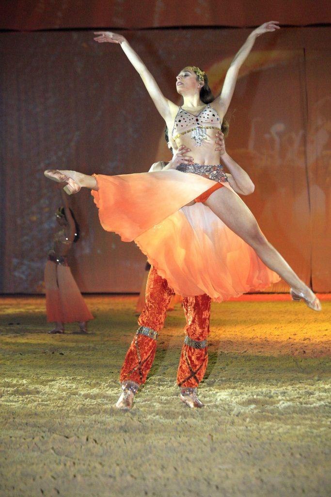 spectacle de danse nice 683x1024 - Spectacle de danse à Nice