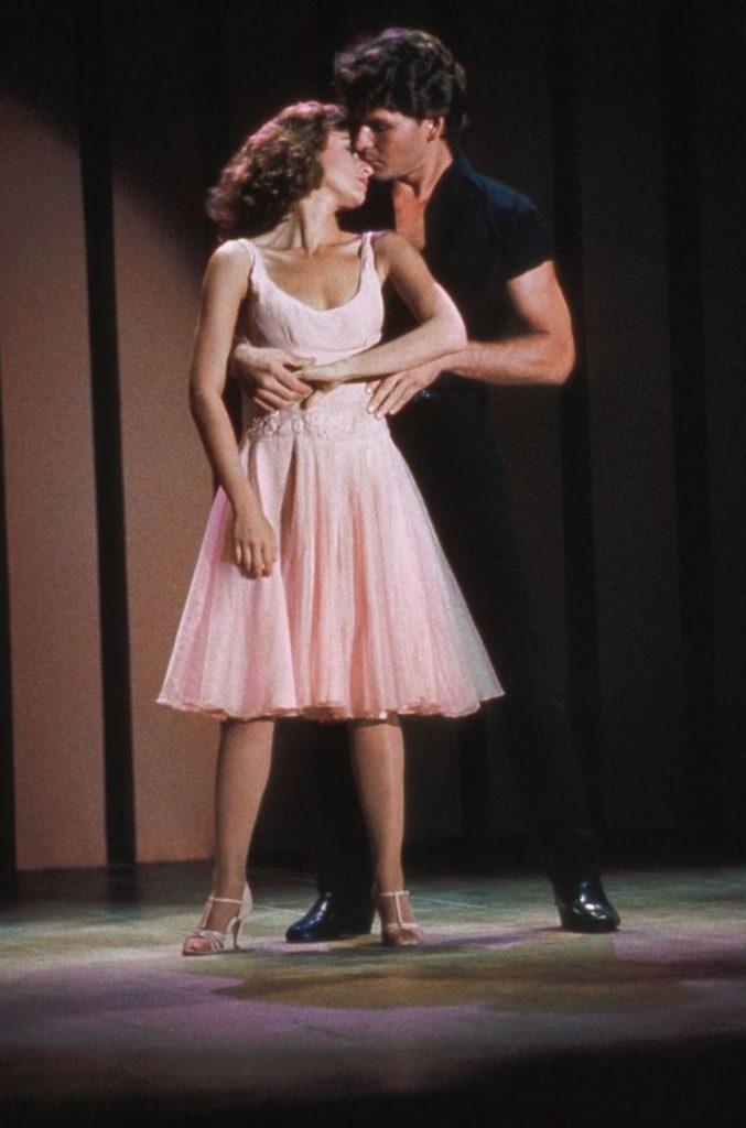 apprendre la chorégraphie de dirty dancing 677x1024 - Apprendre la chorégraphie de Dirty Dancing