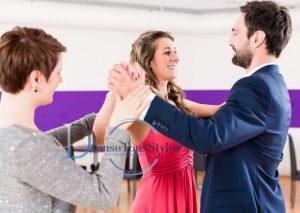 cours particulier de danse corse ajaccio bastia 300x213 - Cours Particulier de danse en Corse