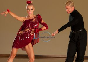 cours particulier priv%C3%A9 cha cha cha danse 300x213 - Cours Particulier de Cha-cha-cha