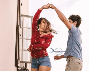 cours particulier de danse nimes 300x240 - Cours particuliers de danse à Nîmes