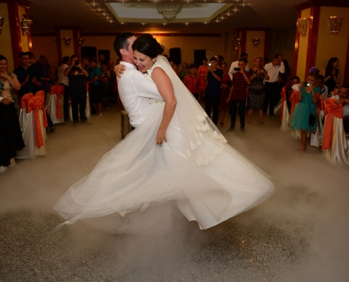 ouverture de bal de mariage cours de danse 495x400 - Accueil