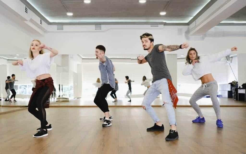 ph 1 - Cours Particulier de Danse à domicile à Courbevoie