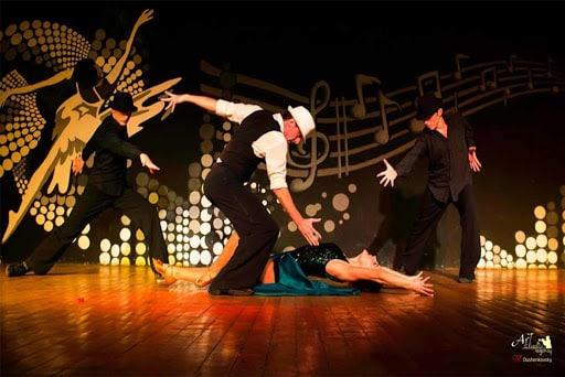 show 2 1 - Show et Spectacle de danse au Mans